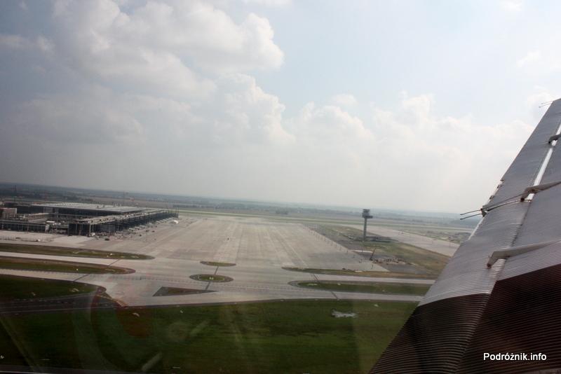 Junkers Ju52/3m - D-AQUI - D-CDLH - Berlin Brandenburg Airport płyta