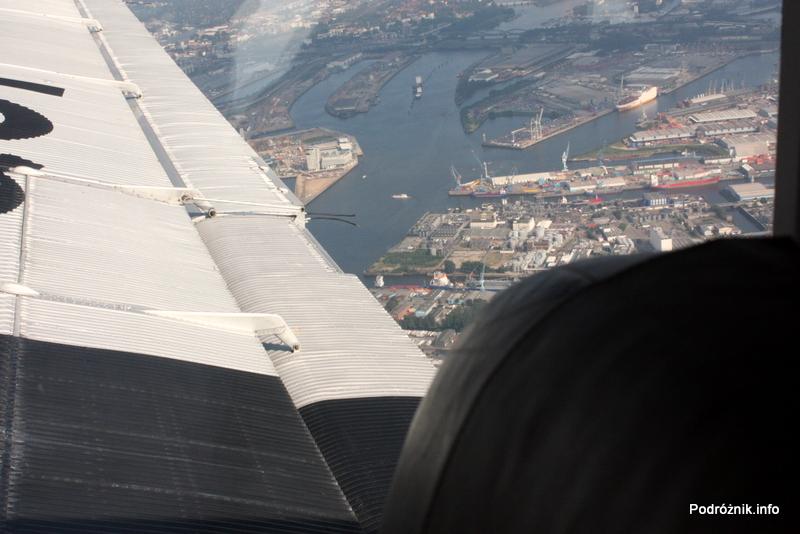 Junkers Ju52/3m - D-AQUI - D-CDLH - widok na port w Hamburgu
