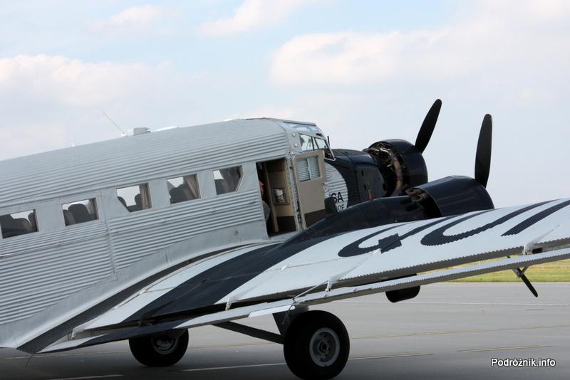 Junkers Ju52/3m - D-AQUI - D-CDLH - prawe drzwi