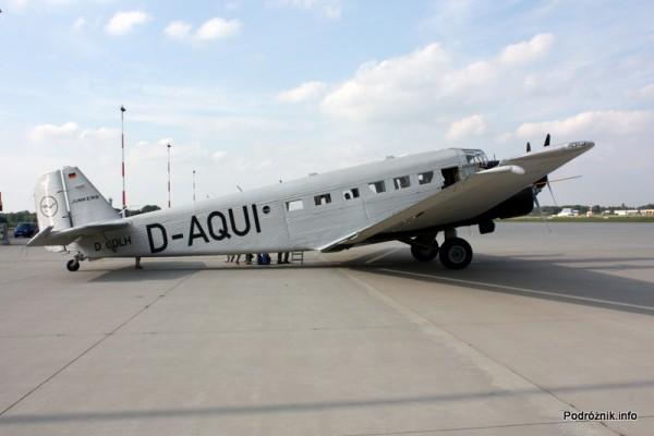 Junkers Ju52/3m - D-AQUI - D-CDLH - w całej okazałości od prawej strony
