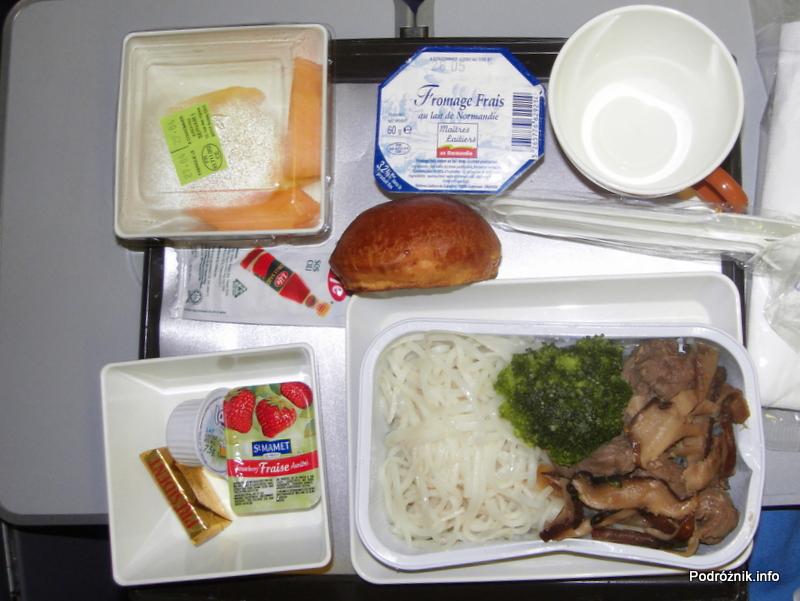 Vietnam Airlines - Boeing 777 - śniadanie