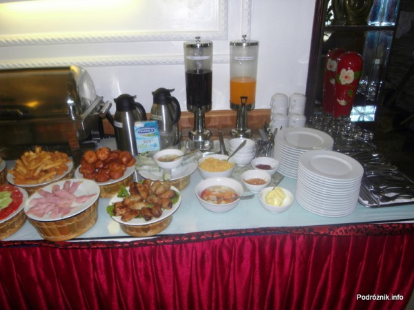 Wietnam - Hanoi - kwiecień 2012 - Thaison Hotel śniadanie