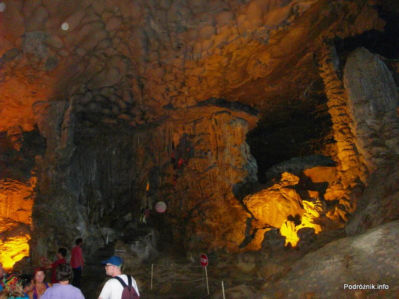 Wietnam - Ha Long Bay - maj 2012 - jaskinia Sung Sot