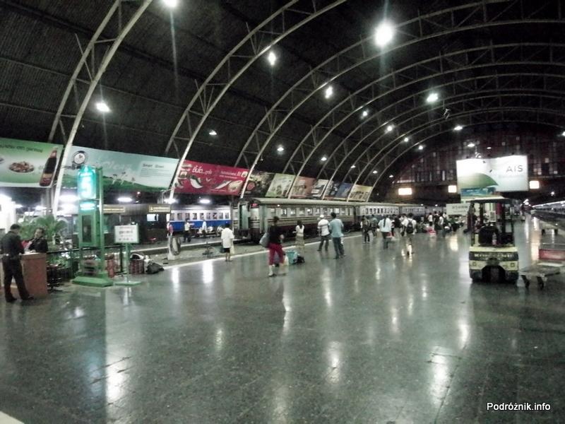 Tajlandia - Bangkok - maj 2012 - dworzec kolejowy