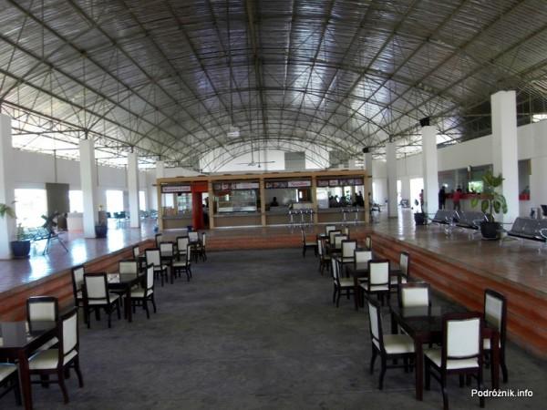 Kambodża - Poipet - maj 2012 - dworzec autobusowy