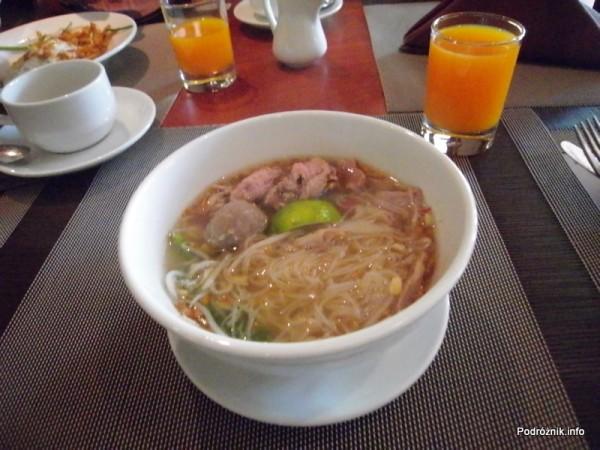 Kambodża - Siem Reap - maj 2012 - Borei Angkor Resort & Spa - zupa pho