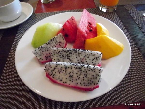 Kambodża - Siem Reap - maj 2012 - Borei Angkor Resort & Spa - owoce