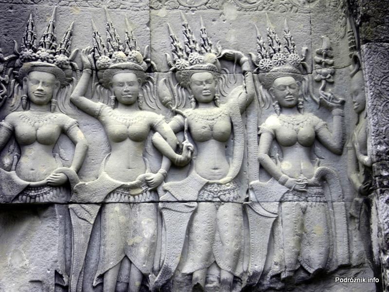 Kambodża - Siem Reap - maj 2012 - Angkor Wat - płaskorzeźba