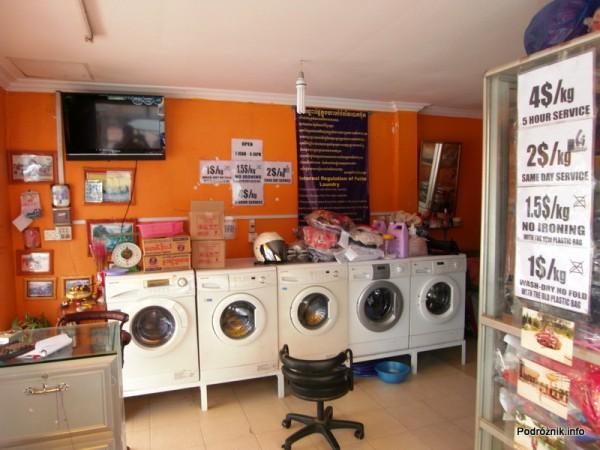 Kambodża - Siem Reap - maj 2012 - pralnia