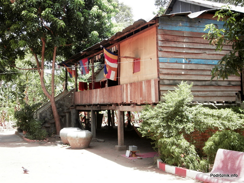 Kambodża - Siem Reap - maj 2012 - Angkor szkoła buddyjska