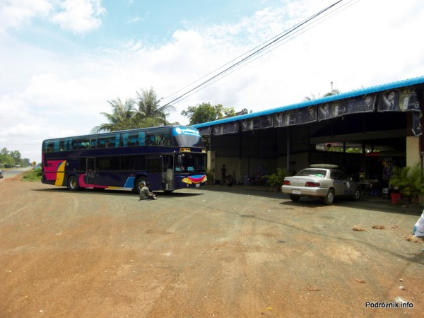 Kambodża - maj 2012 - autobus z Siem Reap do Phnom Penh