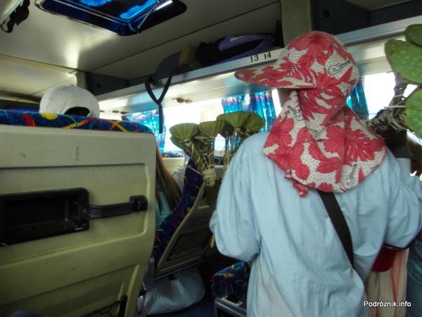 Kambodża - maj 2012 - w autokarze z Siem Reap do Phnom Penh