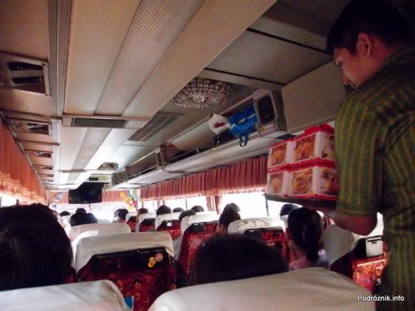 Kambodża - maj 2012 - wnętrze autokaru