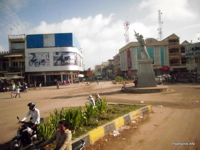 Kambodża - maj 2012 - widok z okna autokaru
