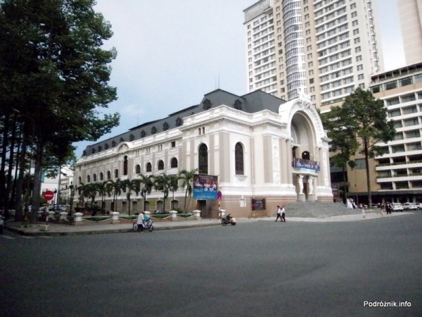 Wietnam - Ho Chi Minh (Sajgon) - maj 2012 - Teatr Miejski (Nha Hat Thanh Pho)