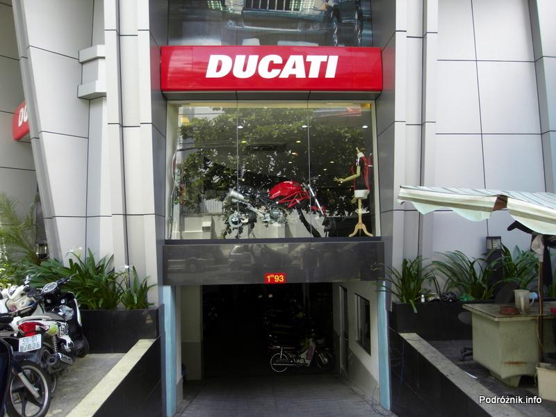 Wietnam - Ho Chi Minh (Sajgon) - maj 2012 - salon Ducati