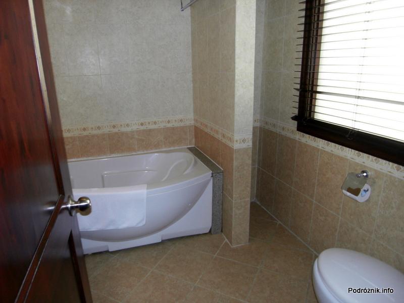 Wietnam - Nha Trang - maj 2012 - Diamond Bay Resort & Spa - łazienka