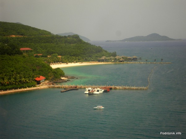 Wietnam - maj 2012 - widok z kolejki linowej z Nha Trang do Vinpearl