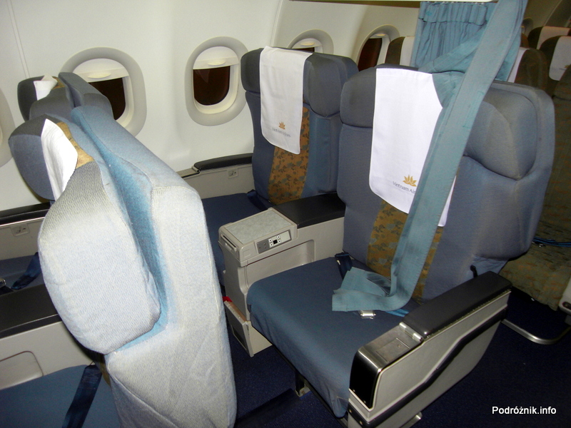Vietnam Airlines - Airbus 321- VN-A356 - wnętrze - kabina klasa biznes