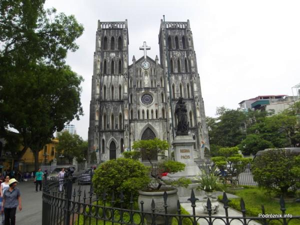 Wietnam - Hanoi - maj 2012 - kościół