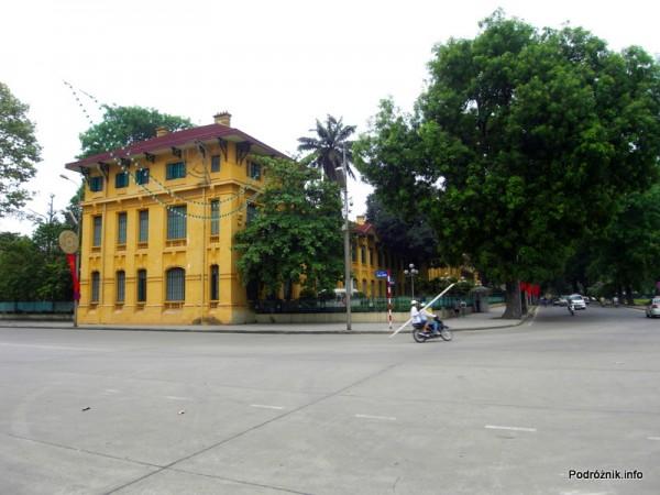 Wietnam - Hanoi - maj 2012 - stara francuska szkoła