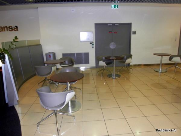 Francja – Paryż – Lotnisko Charles de Gaulle (CDG) Terminal 1 – Lufthansa Business Lounge - maj 2012