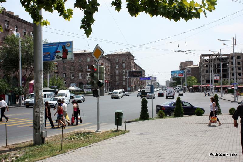 Armenia - Erewan - lipiec 2012 - skrzyżowanie przed dworcem kolejowym