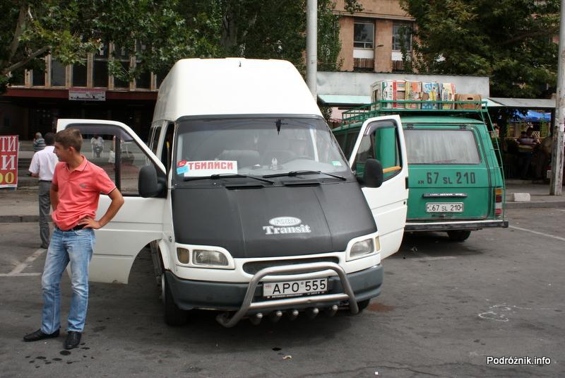 Armenia – Erewan – sierpień 2012 – marszrutka do Tbilisi