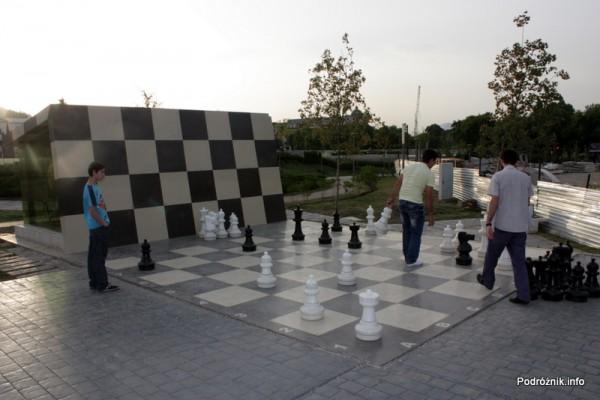 Gruzja - Tbilisi - sierpień 2012 - Park Europejski - szachy