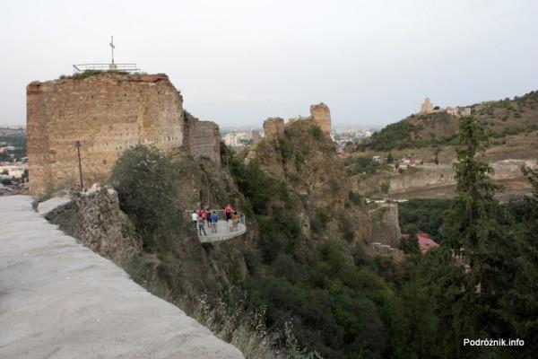 Gruzja - Tbilisi - sierpień 2012 - widok z góry obok twierdzy Narikała