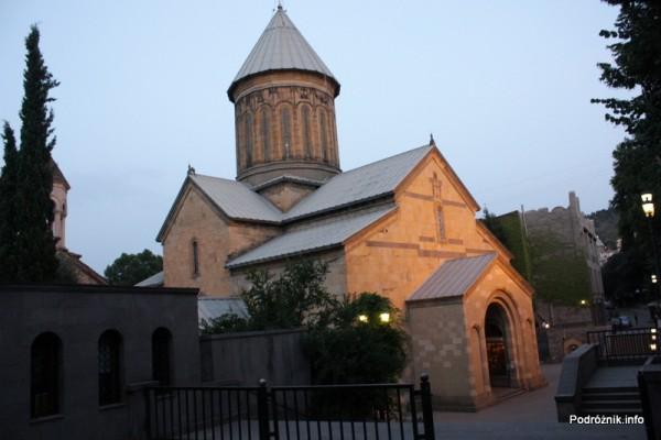 Gruzja - Tbilisi - sierpień 2012 - katedra Sioni