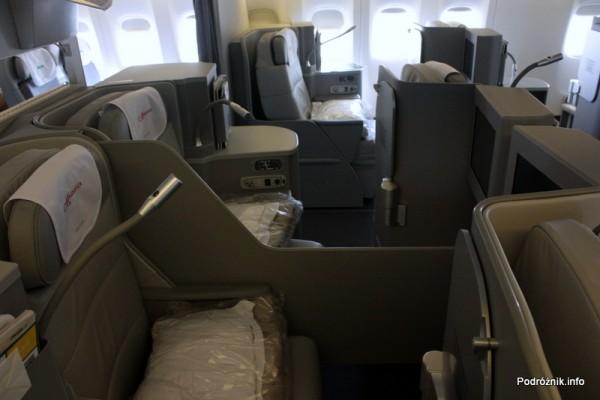 Alitalia - Boeing 777 - I-DISU - fotele w klasie biznes (Magnifica - Business)