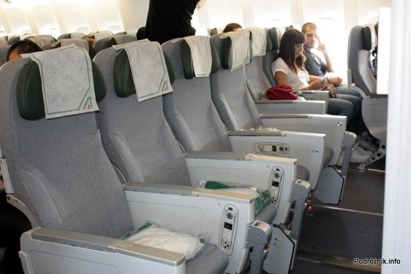 Alitalia - Boeing 777 - I-DISU - fotele w klasie ekonomicznej (Classica - Economy)