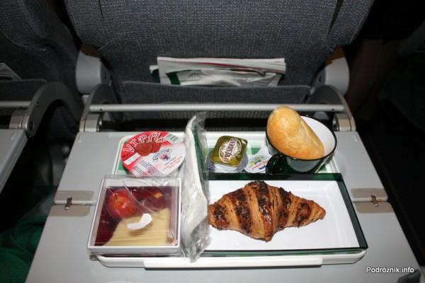 Alitalia - Boeing 777 - I-DISU - śniadanie