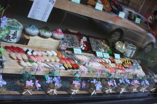 Japonia - Narita - sushi - wystawa restauracji - imitacja jedzenia - sierpień 2012