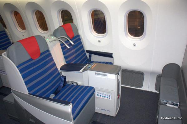 Polskie Linie Lotnicze LOT - Boeing 787 Dreamliner - SP-LRA - fotele w klasie biznes (Elite Club) - pierwszy rząd
