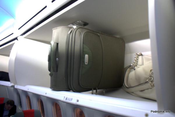 Polskie Linie Lotnicze LOT - Boeing 787 Dreamliner - SP-LRA - schowki bagażowe