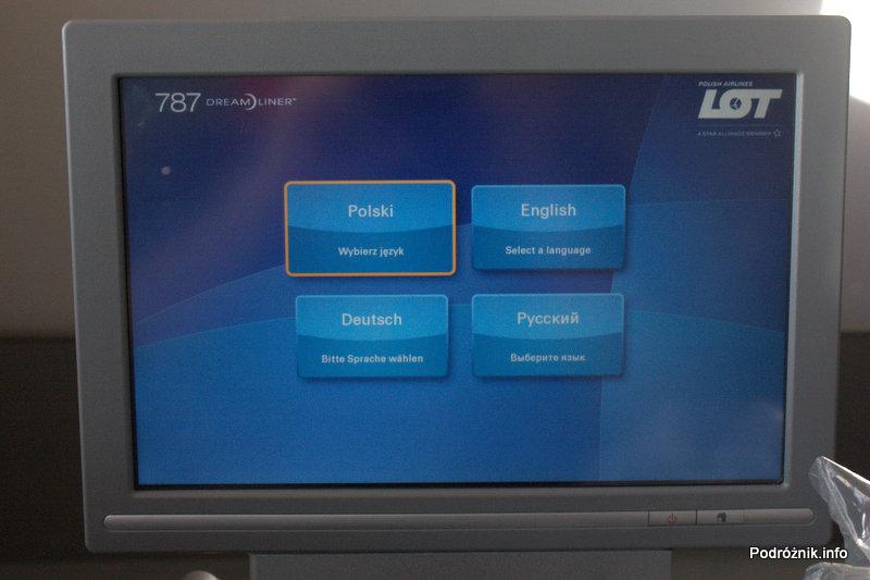 Polskie Linie Lotnicze LOT - Boeing 787 Dreamliner - SP-LRA - klasa biznes (Elite Club) - wybór języka w systemie rozrywki (IFE)