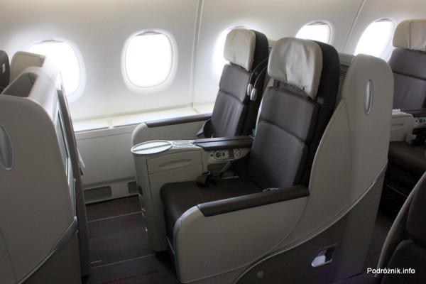 Air France - Airbus 380 - AF1980 - F-HPJB - fotele klasy biznes w rzędzie pod oknem