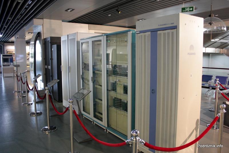 Chiny - Pekin - Muzeum Kolejnictwa - szafy stosowane w centrach sterowania ruchem - kwiecień 2013