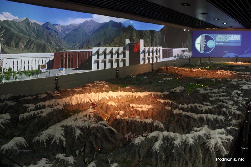 Chiny - Pekin - Muzeum Kolejnictwa - makieta szlaku kolejowego Qinghai-Tybet - kwiecień 2013