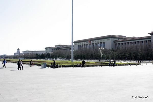 Chiny - Pekin - Wielka Hala Ludowa pełniąca funkcję parlamentu Chińskiej Republiki Ludowej - kwiecień 2013