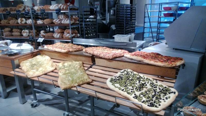 Holandia - Amsterdam - duże pizze - kwiecień 2013