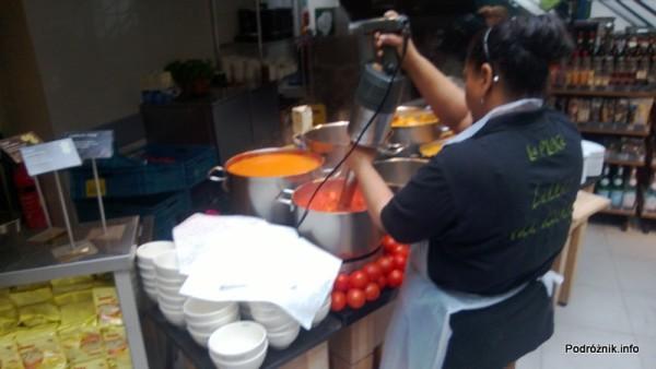 Holandia - Amsterdam - jak powstaje krem z pomidorów - kwiecień 2013