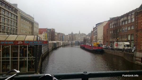 Holandia - Amsterdam - kanał - kwiecień 2013