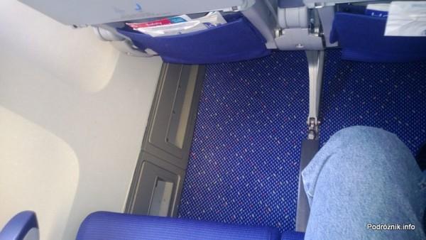 KLM Royal Dutch Airlines - Boeing 747-400 Combi - KL897 - PH-BFW - wnętrze - duży odstęp między fotelami w Economy Comfort