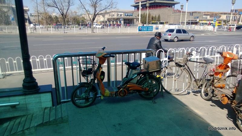 Chiny - Pekin - skuter - kwiecień 2013