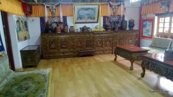 Chiny - Shenzhen - Splendid China Folk Village - dom tybetański - duży pokój - kwiecień 2013