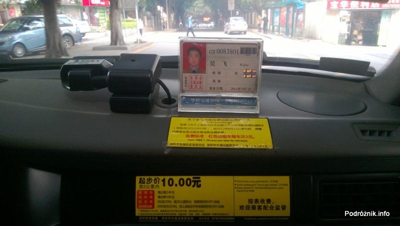 Chiny - Shenzhen - wnętrze taksówki - kwiecień 2013