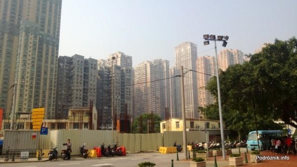 Chiny - Makao - Taipa - blokowisko na obrzeżach starej części miasta - kwiecień 2013